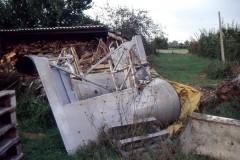29.09.1999 le ali irrimediabilmente danneggiate con il taglio - Foto IHAP