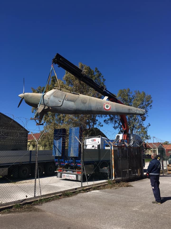 E' giunto dal deposito di Torricola dell'Aeronautica Militare Italiana il rarissimo Helio Courier MM 91001 un tempo in servizio con il SIOS Aeronautica. Il velivolo sarà restaurato e messo in esposizione entro fine anno nella zona aeronavale del Museo.