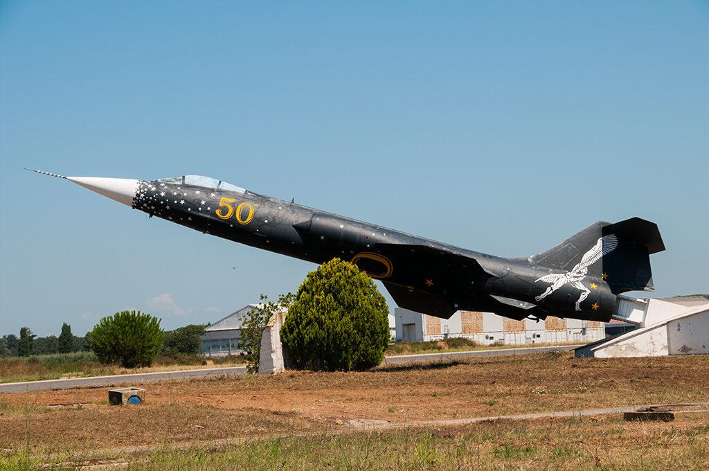 L'F 104S ASA MM 6827 special color alla Sperimentale.
