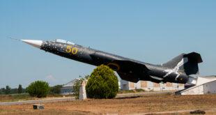 F 104S ASA MM 6827