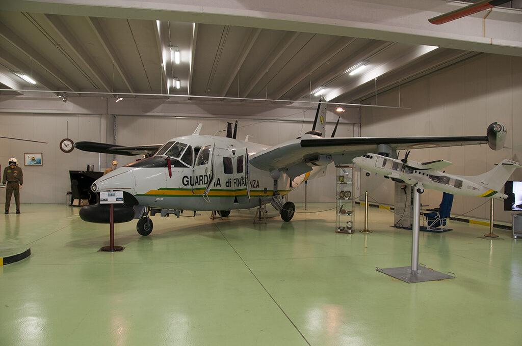 Il Piaggio P 166DL3 esposto nel museo è l'esemplare GF-12 Grifo 12 MM 25182