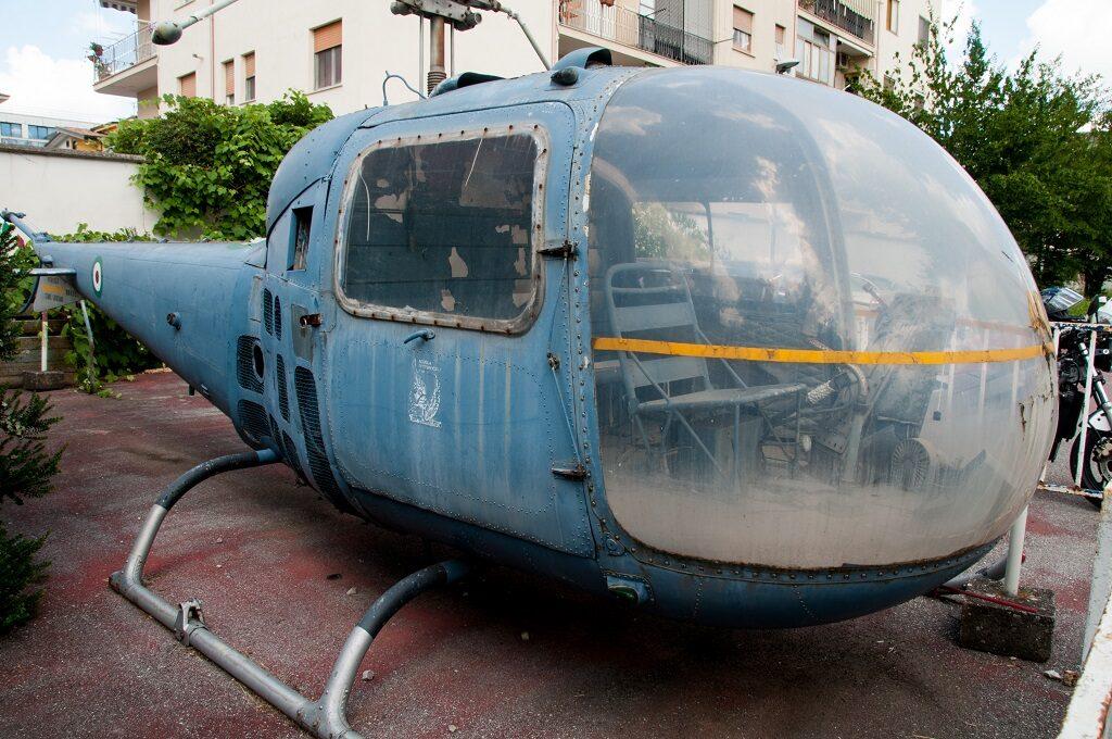 Agusta Bell AB 47J alla Scuola Specialisti di Caserta