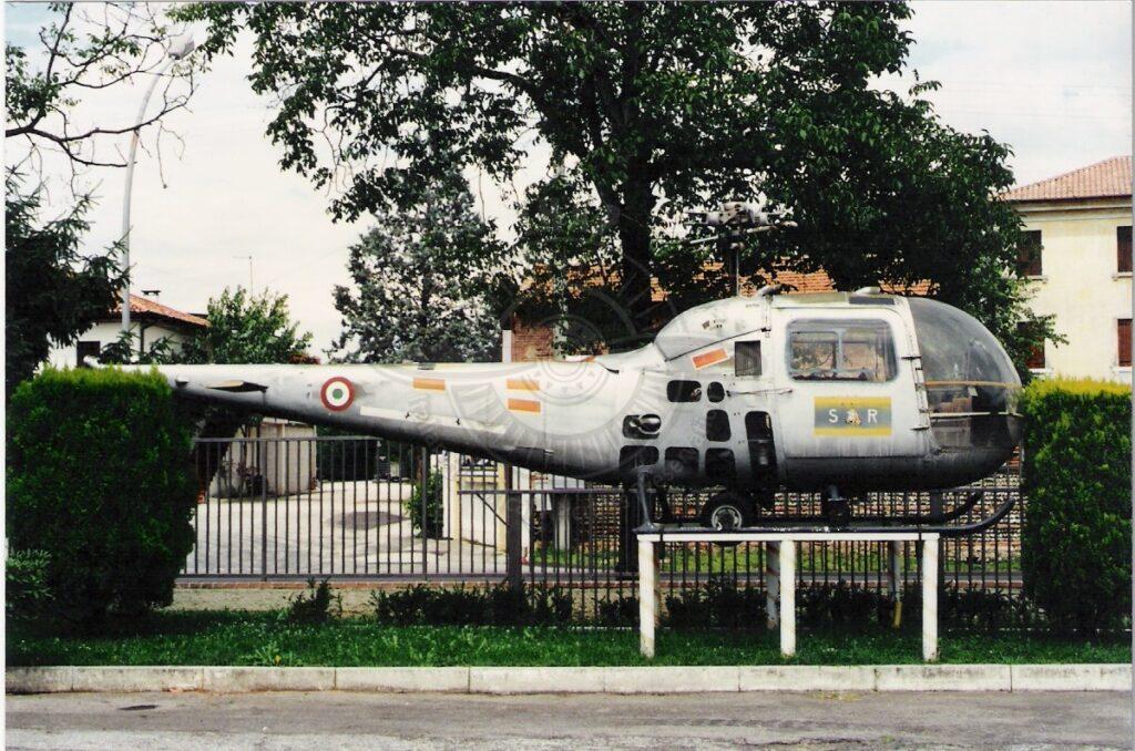 Agusta Bell AB 47J a Paese in provincia di Treviso